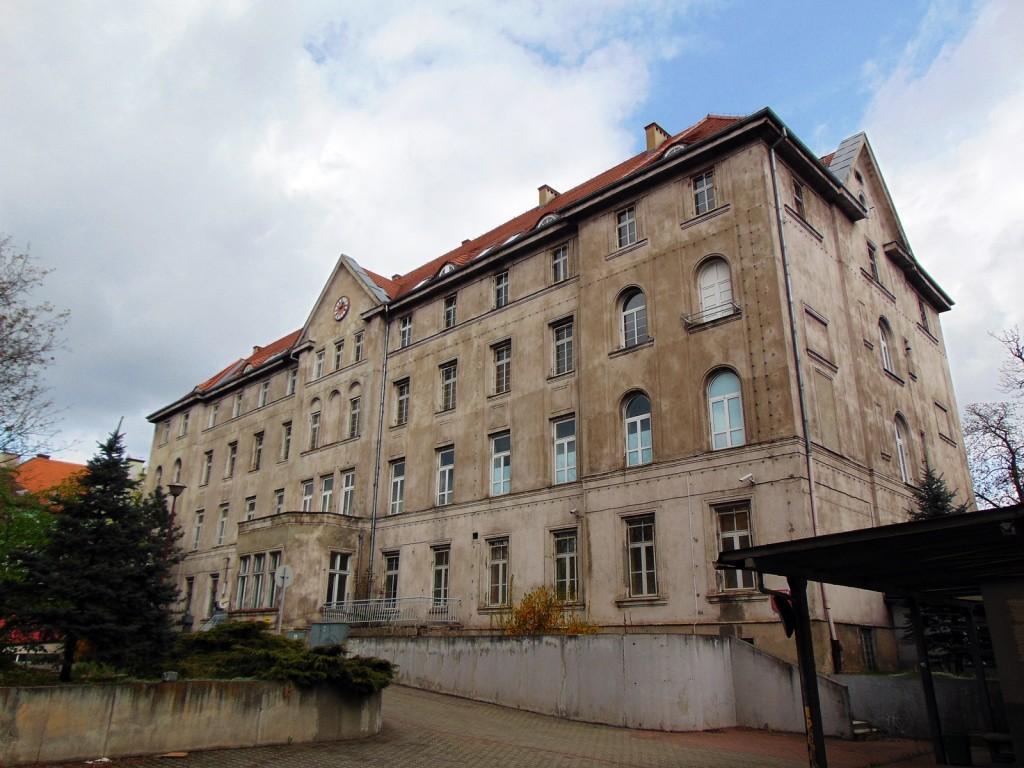 Budynek główny szpitala I, fot. Beata Lis, materiały DWKZ