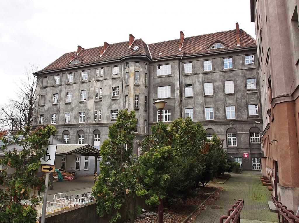 Elewacja boczna głównego budynku szpitala II, fot. A. Zienkiewicz